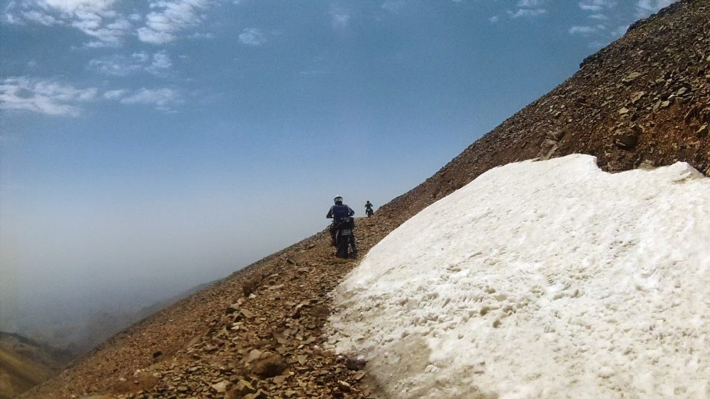 ۱۵۵ Sangan Shahrestanak Tochal E davood Offroad by motor Summer 1393 2014 (19).Movie_Snapshot