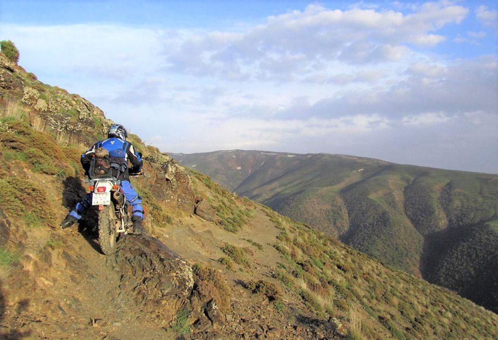 آفرود فوق العاده مهیج در ارتفاعات شمالی زنجان – بهار ۱۳۹۶
