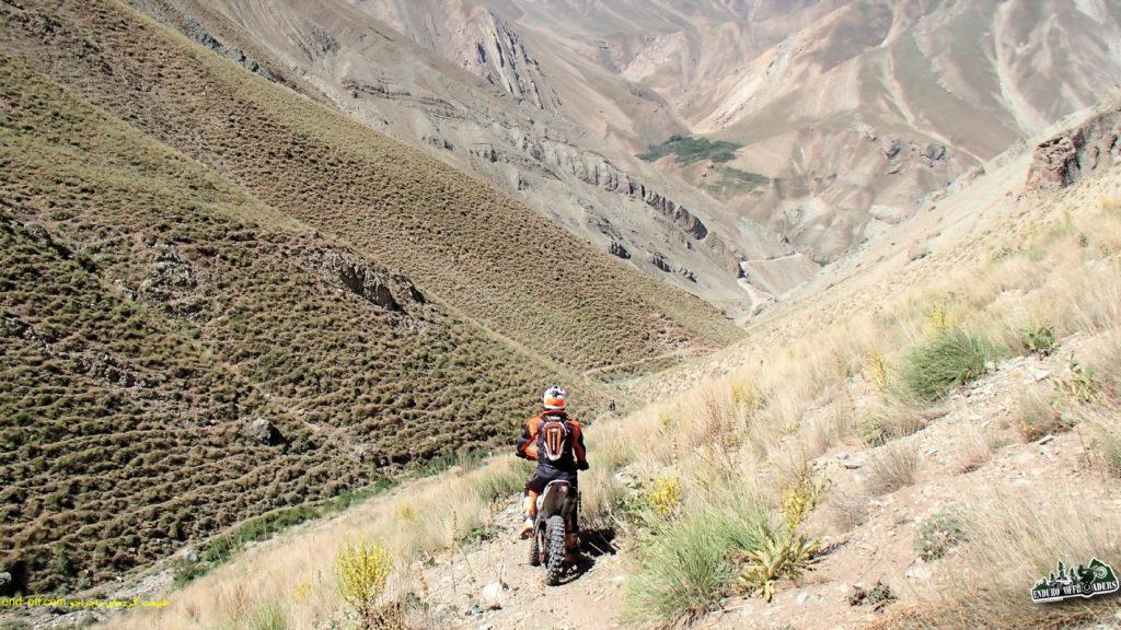 چهارمین صعود به قله توچال با موتور – تابستان ۱۳۹۶ – بخش اول