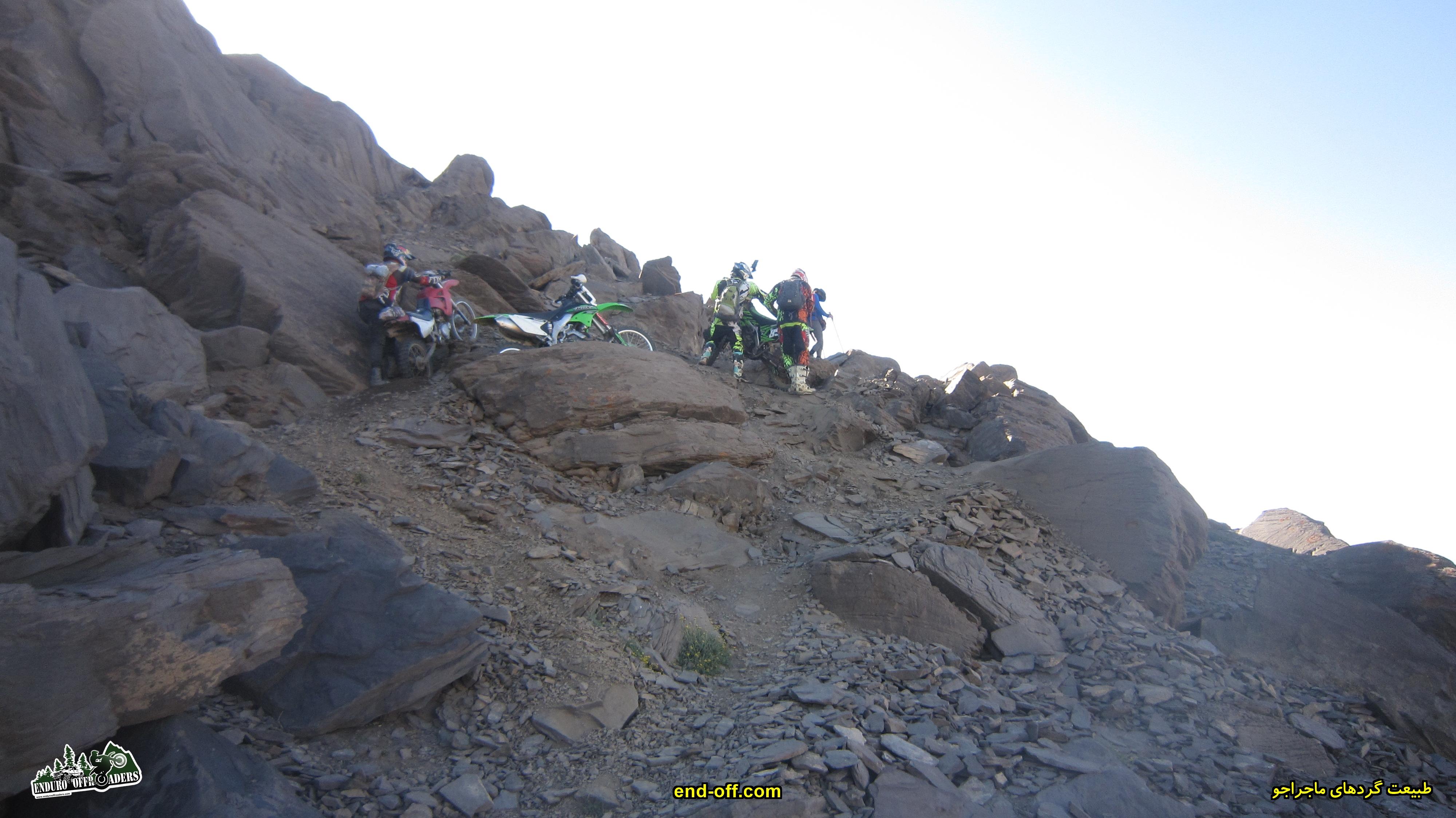 چالش در مسیر روستای هنیز بطرف قله سیالان با موتور - تابستان 1399
