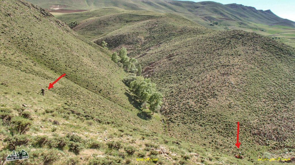جعفر صفری و آربی امیریان در کوههای روستای چناقچی - بهار 1400 - 2021