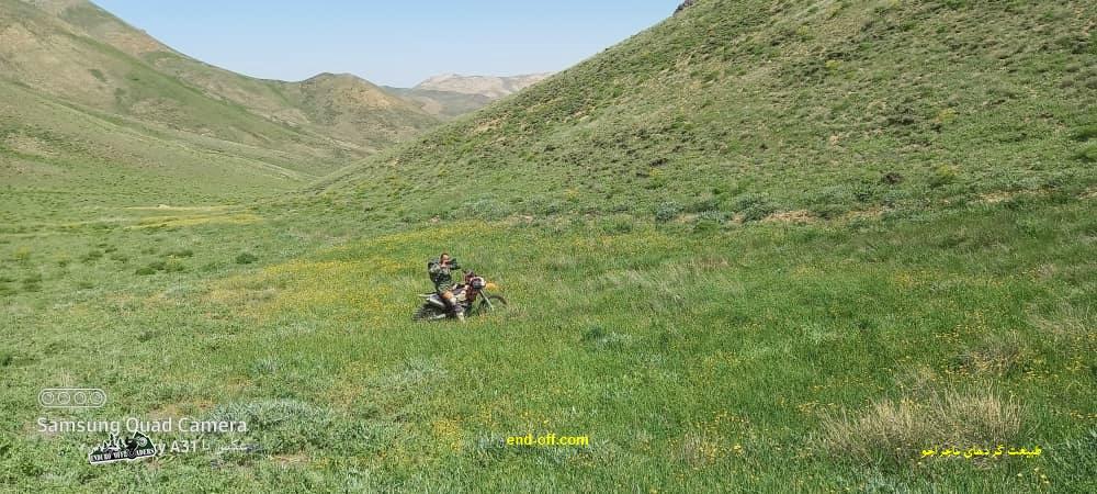مجتبی آذری در کوههای روستای چناقچی - بهار 1400 - 2021