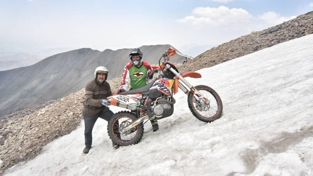 آفرود با موتور در مسیر امامزاده داوود تا قله توچال – بهار 1400
