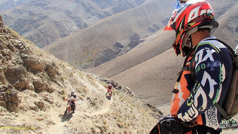 آفرودی سخت و ماجراجویانه در مسیر قله خولنو با موتور – تابستان ۱۳۹۶