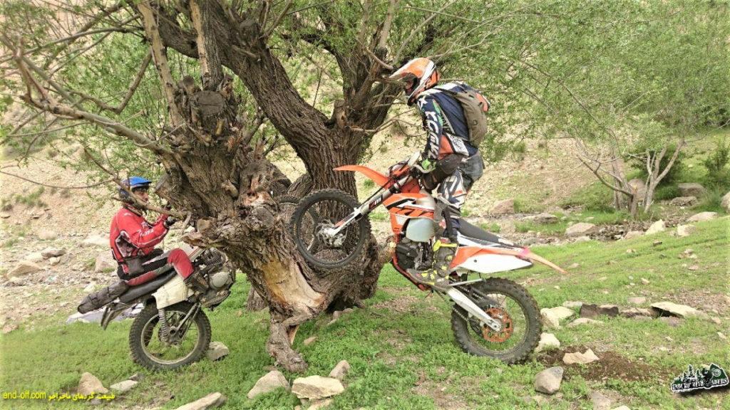 موتورسواری لذتبخش بهاری ، از کوهسار تا ارتفاعات امامزاده داوود