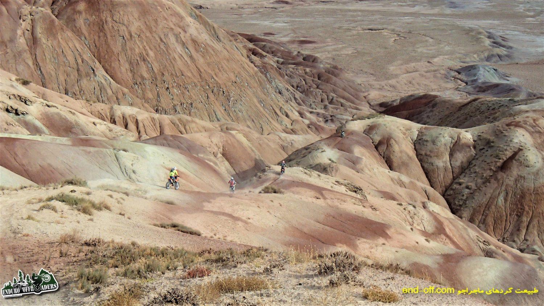 آفرود با موتور در منطقه رنگی نصرت آباد ، جنوب غربی کرج – پاییز ۱۳۹۶